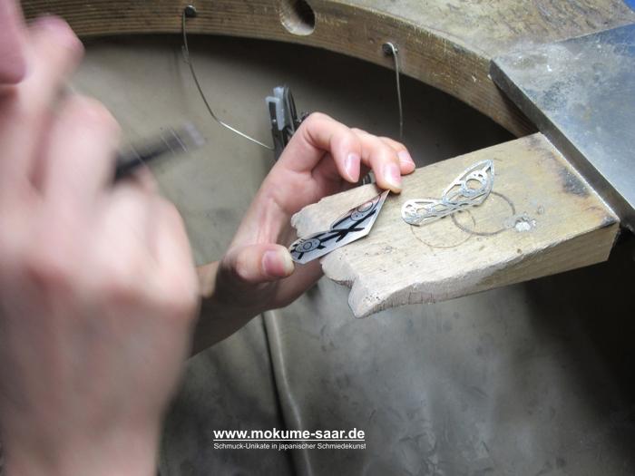 Goldschmiedefeilnagel mit Silberblechen die beschriftet werden