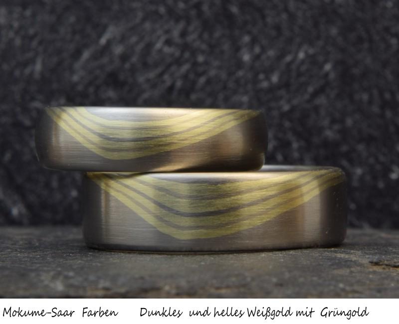 Mokume Gane Trauring-Paar mit Wellenmuster aus Weißgold und Grüngold