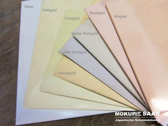 Mehrere Edelmetall-Bleche mit unterschiedlichen Farben